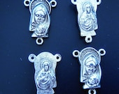 4 silver Mother Mary and child connectors charms pendants religious Christmas spiritual 22mm x 15mm  - C0116-4