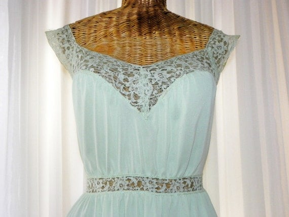 Vintage Chiffon Sea Foam Green Vanity Fair Nightgown Floral Lace Satin Ties Perfect Condition on Etsy