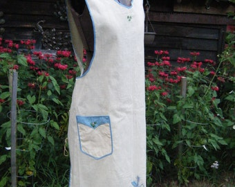 Vintage 1940's Full Garden Apron hand embroidered. Never Worn  So Country Sweet