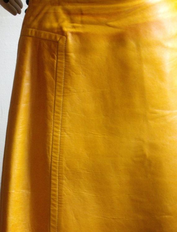 mustard yellow leather a line skirt waist 28