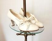 1930s Shoes / 30s Wedding Shoes / Ribbon Laces