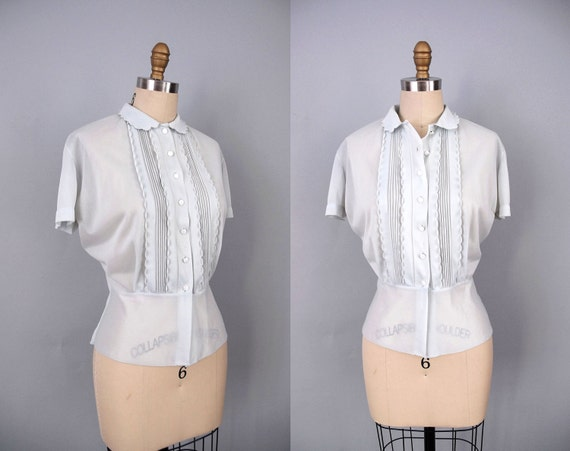 1950s Blouse / 50s Eggshell Blouse / Fitted Top