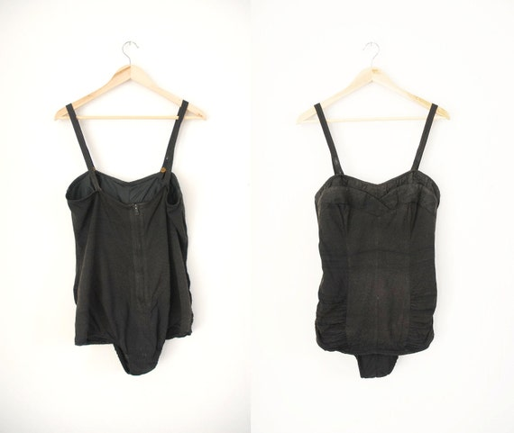 s a l e 1950s Swimsuit / 50s Strappy or Strapless Suit / Swimwear