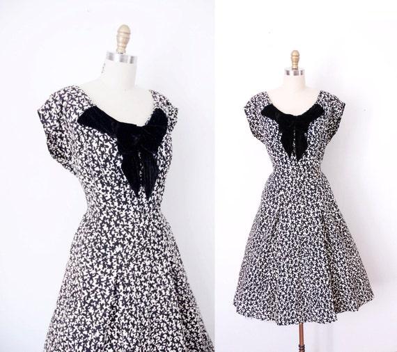 1950s Bow Dress / 50s Black Clover Dress