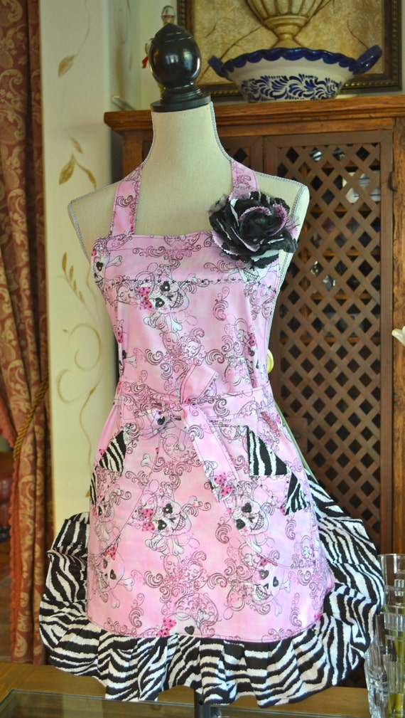 So Sweet In Pink Sugar Skull Print Double Ruffled Apron Shorty Style