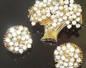 Signed Francois (Coro) Vintage Tree Brooch & Clip On Earrings