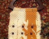 Vintage Cream and Gold Macrame and Wood Bead Bag With Large Wood Handles