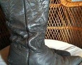 SALE Unisex Worn Gray Cowboy Boots M9- W11