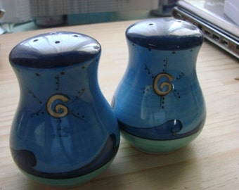 Blue Retro Salt and Pepper Shakers