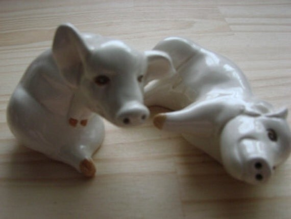 Vintage Fitz and Floyd Pig Salt and Pepper Shakers