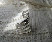 """Fork Ring - Fork Jewelry - Sterling Silver - Spoon Jewelry - Lunt -  """"Chippendale"""" - 1910"""