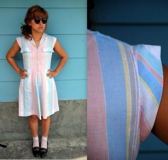 1980s. pastel chevron zip up dress. s