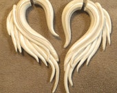 Fakers - Ivory Angel Wings - Earrings for Stretched Lobes - Faux Gauges