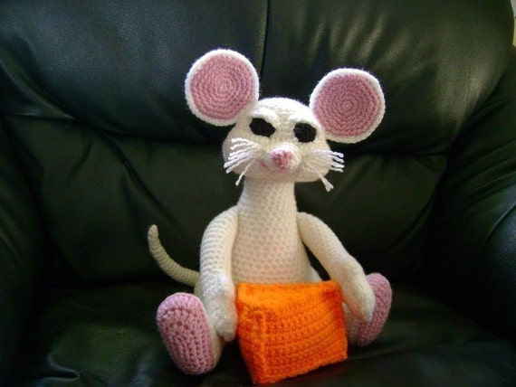 Big Mouse and Cheese PDF Crochet Pattern