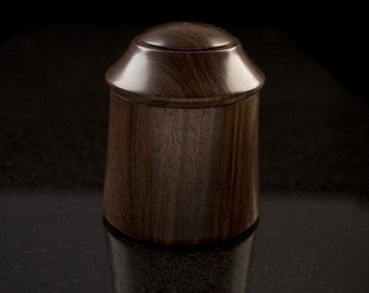 East Indian Rosewood Lidded Vessel 001