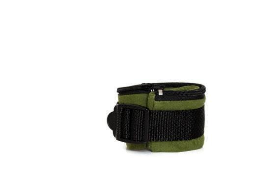 Runner's Wrist Wallet, Olive Green Cuff