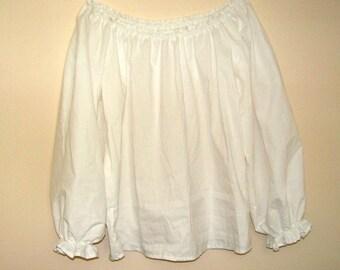 Girls (7/8, 9/10 or 11/12) Girls Renaissance Faire long sleeve Chemise blouse