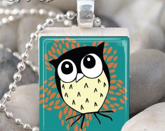 Brown and Beigh Whimsical Owl Scrabble Tile Necklace S48-4