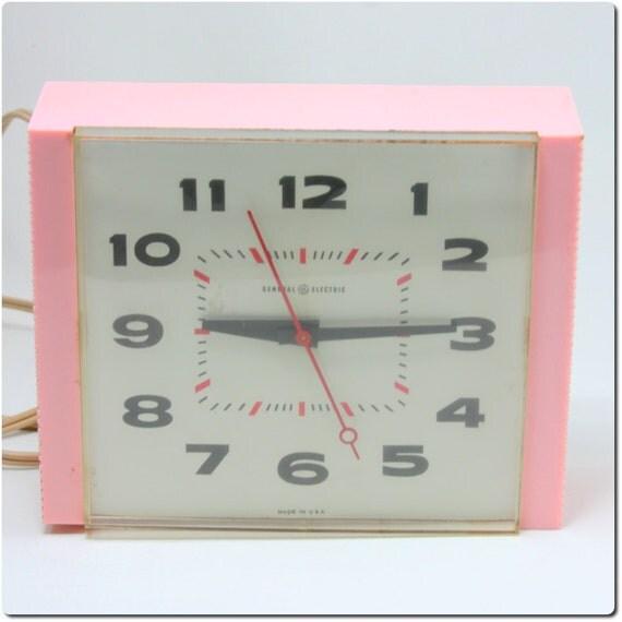 Vintage Mid Century General Electric Clock