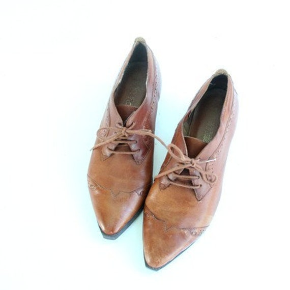 Vintage Brown Leather Oxfords size 5.5 or 6