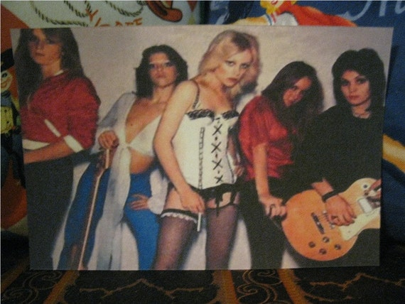 The Runaways, Set of 3 Postcards