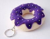 Donut key ring - Purple felt