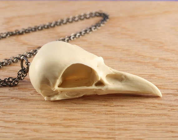magpie skull necklace style 1- bone white on gunmetal