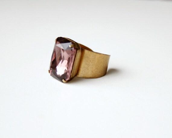 The amethyst octagon ring