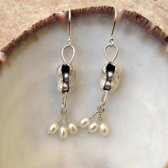 White Pearls Sterling Silver Dangle Earrings ,Pearl Earrings, Pearl Jewelry, Silver Earrings, Pearl Pod Earrings