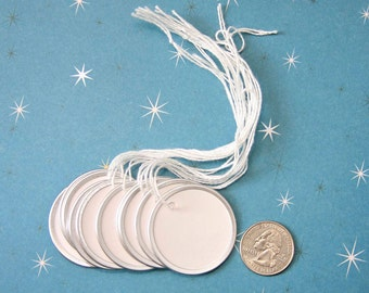 Metal Rimmed Tags . 10 Large Round Circle White Labels . Pre-Strung 1 1/2 Inches . Circular Key Hang Tag . Scrapbooking Planner Mini Album