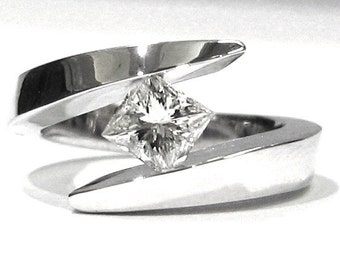 Princess cut diamond engagement ring tension set 0.50ctw