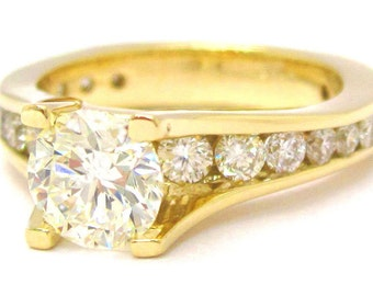 Round cut diamond engagement ring 2.35ctw yellow gold