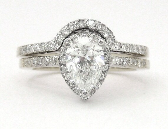 Pear and round diamond engagement ring and band 1.55ctw