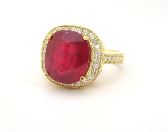 Cushion ruby and round antique design ring 7.91ctw