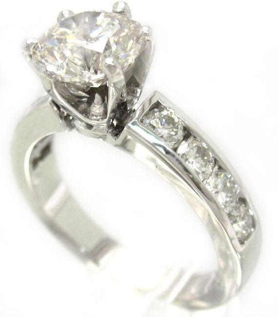 18K round cut diamond engagement ring 2.00ctw