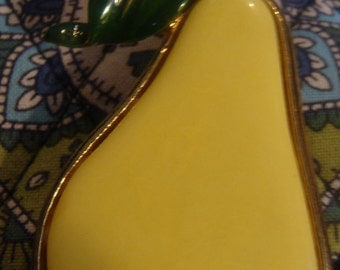 Vintage Costume Jewelry Unsigned fruit Pear Brooch or Pin - yellow lucite pear and green enamel leaf jewelry