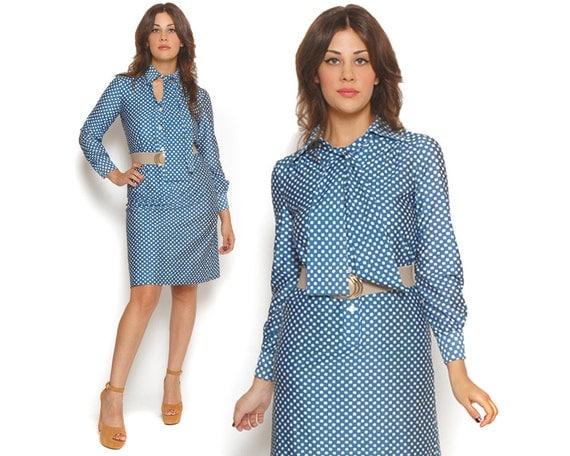 70s Shirt Dress Geometric Polka Dot Cornflower Blue Ascot Pussy Bow Midi Secretary Dress / Hipster Indie Preppy / Size M Medium