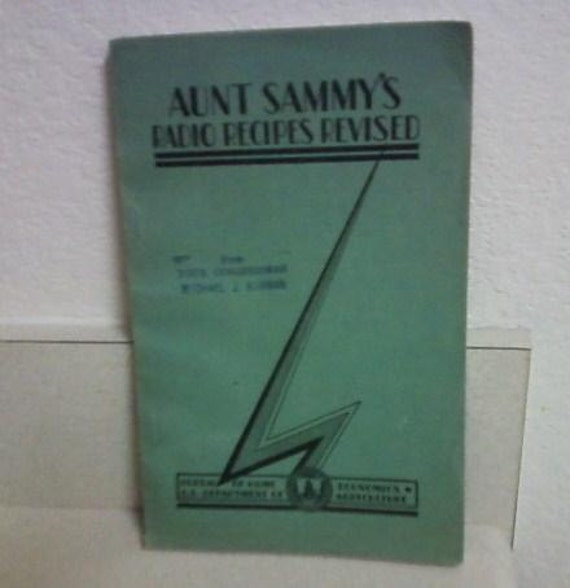 Aunt Sammy's Radio Recipes Revised  1931