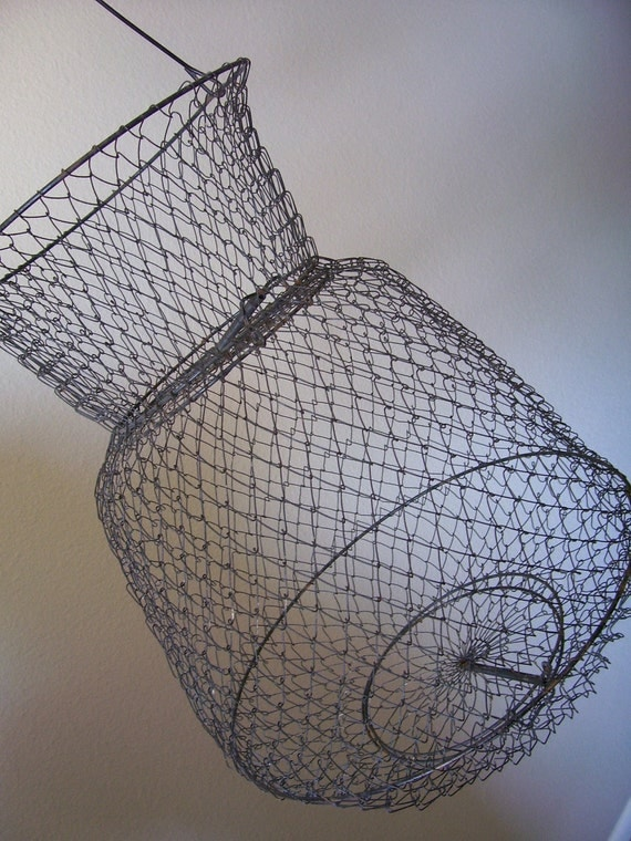 Vintage wire fishing basket by bubbiesmemories on etsy for Fish wire basket