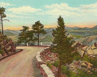Vintage Sanborn Postcard Wildcat Point Lariat Trail on the road to Lookout Mountain 1952 slogan cancel and coil stamp
