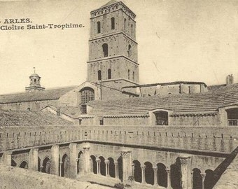 Arles Cloitre Saint-Trophime 23 vintage postcards in booklet - beautiful black and white photographic cards Postcard collection lot
