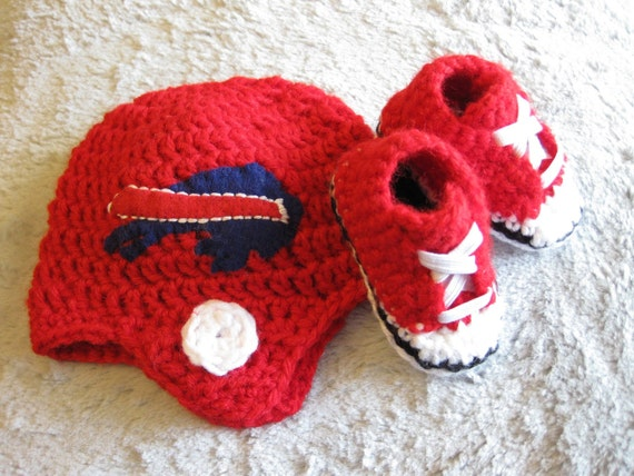 Crochet Baby Hat With Bill Pattern : Buffalo Bills Crocheted Helmet Beanie 0-3 Months and Red baby