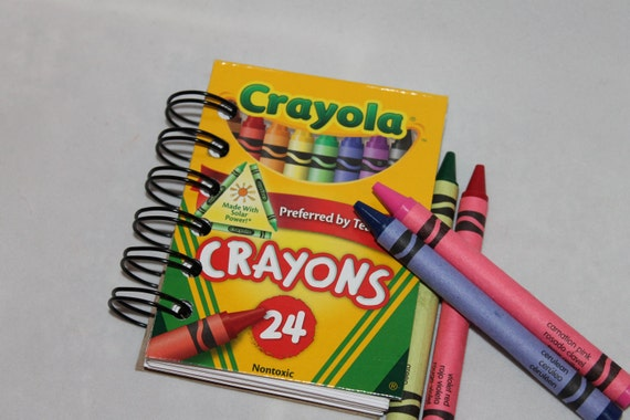 Recycled crayon mini spiral notebook with 75 pages