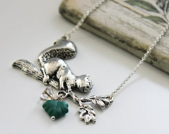 My Little Squirrel. Vintage Long Neckalce with Czech Glass Maple Leaf and Flower. Antique Silver (VNL-30)