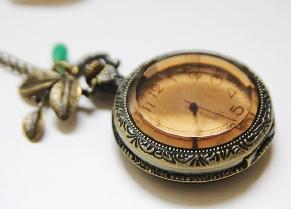 Antique Gold Tea Glass Pocket Watch Necklace Decorated with Leaf and Jade Green Tear Drop (PW-39)