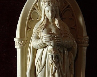 I care for you saint mary MAGDALENE LADY of the LABYRINTH 5 inches statue