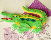 Alligator Felt Magnet - Personalized with Your Colors