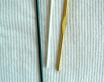 Crochet needles - G Hook and 5.5 mm - Set of 2