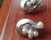 Pearl Cluster Silver Clip Ons