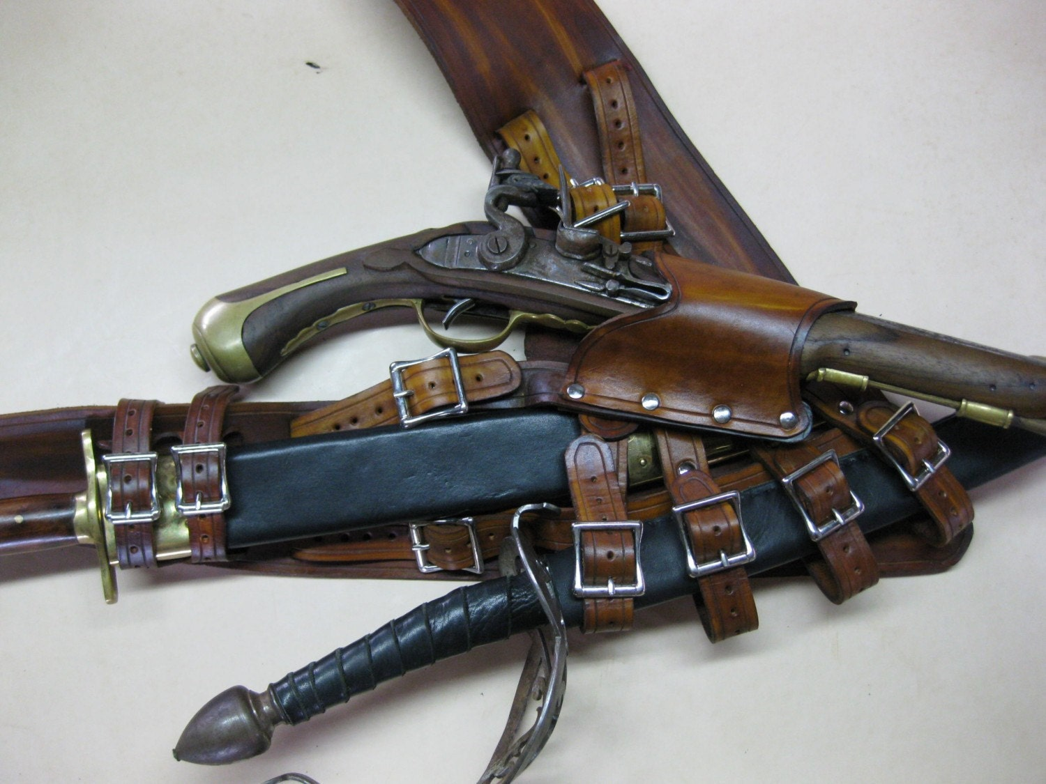 3in Brown Leather Pirate Pistol And Sword Baldric With Dagger